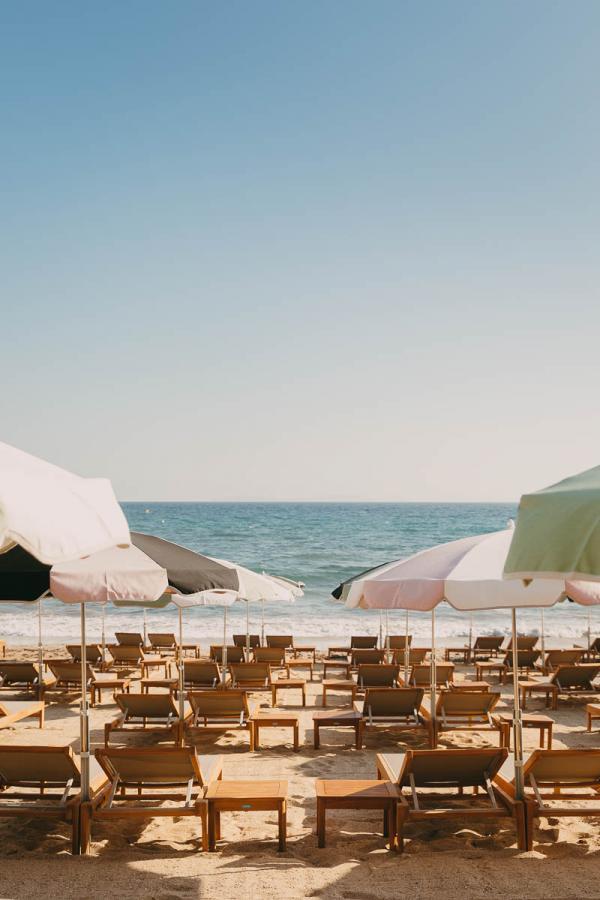 Beach Club Lily of the Valley | Plage / Restaurant Pépé © DR