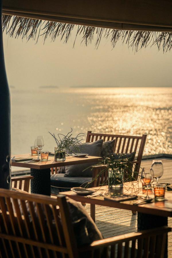 Coucher de soleil sur la terrasse du restaurant SALT © DR