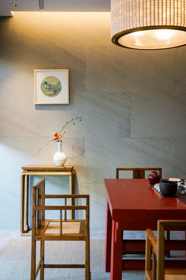 Dans l'un des salons contemporains du Nan Shufang © YONDER.fr