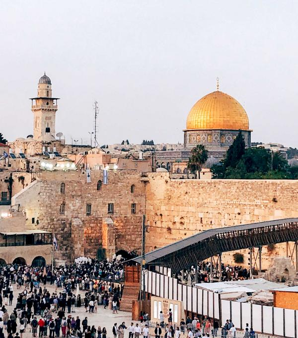 Jérusalem en ébullition quelques minutes avant le début du Shabbat © Camille Weyl