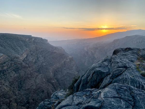 Coucher de soleil dans le Jabal Akhdar. © Emmanuel Laveran.
