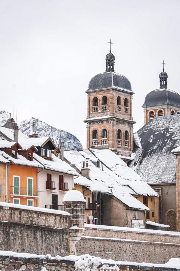 La ville de Briançon en hiver © Paul Brechu