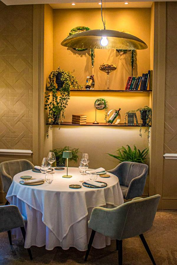 Hotel Helvie — Restaurant © les Collectionneurs