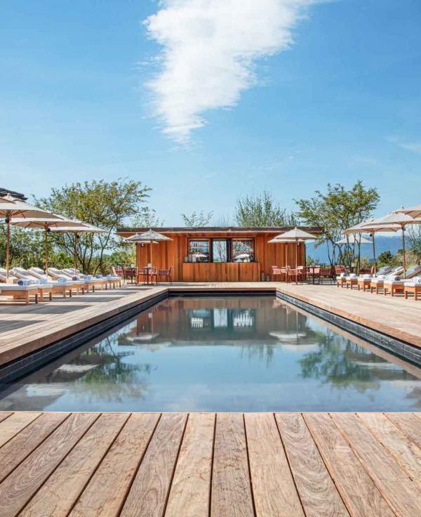Jiva Hill Resort — Piscine extérieure © Lenaka