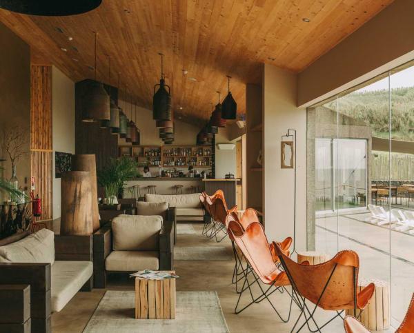 Lobby et bar © Santa Barbara Eco-Beach Resort