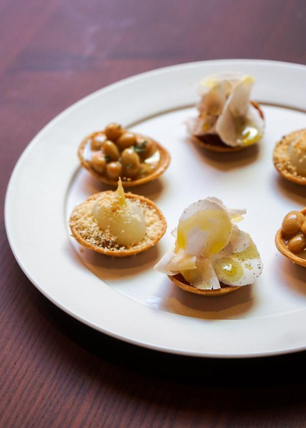 """Maison par Sota Atsumi : les """"Tartelettes"""" en guise d'amuse-bouches © MB / YONDER.fr"""