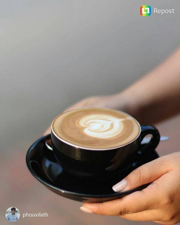 Saffron Coffee's Espresso © Instagram @phouvilath
