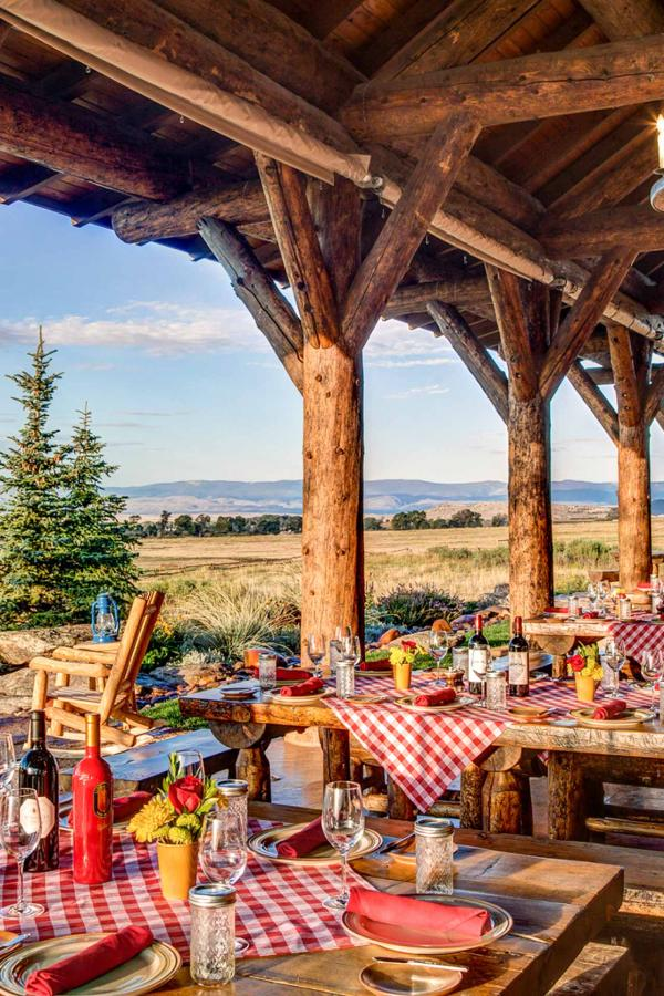 The Lodge & Spa at Brush Creek Ranch © DR