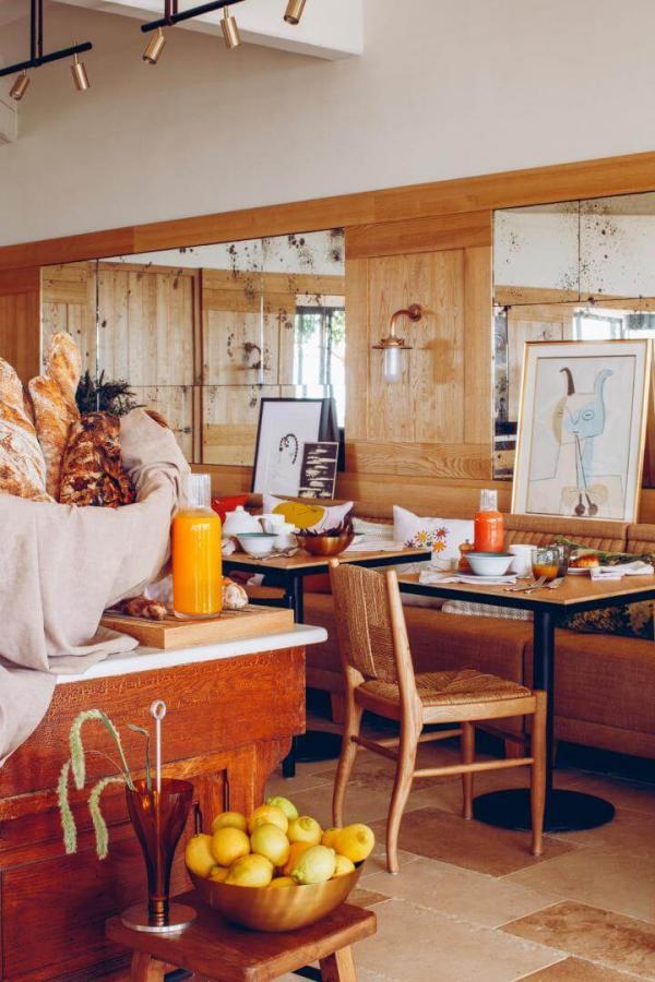 Hôtel Crillon le Brave — petit-déjeuner © Hôtel Crillon le Brave