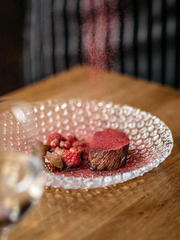 Au restaurant La Dégustation Bohème Bourgeoise © DR