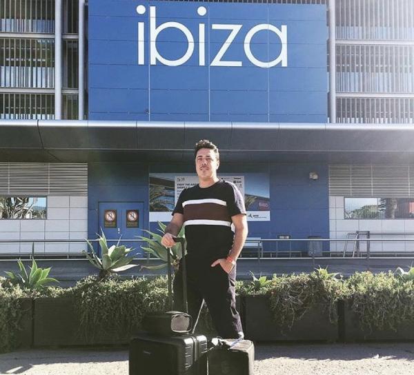 Dan Ghenacia (Apollonia) - Ibiza Airport © DR