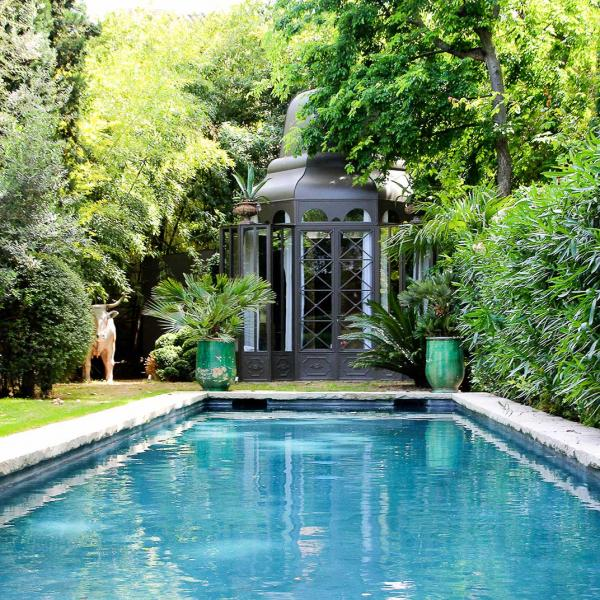 La Divine Comédie : plus grand jardin privé d'Avignon.