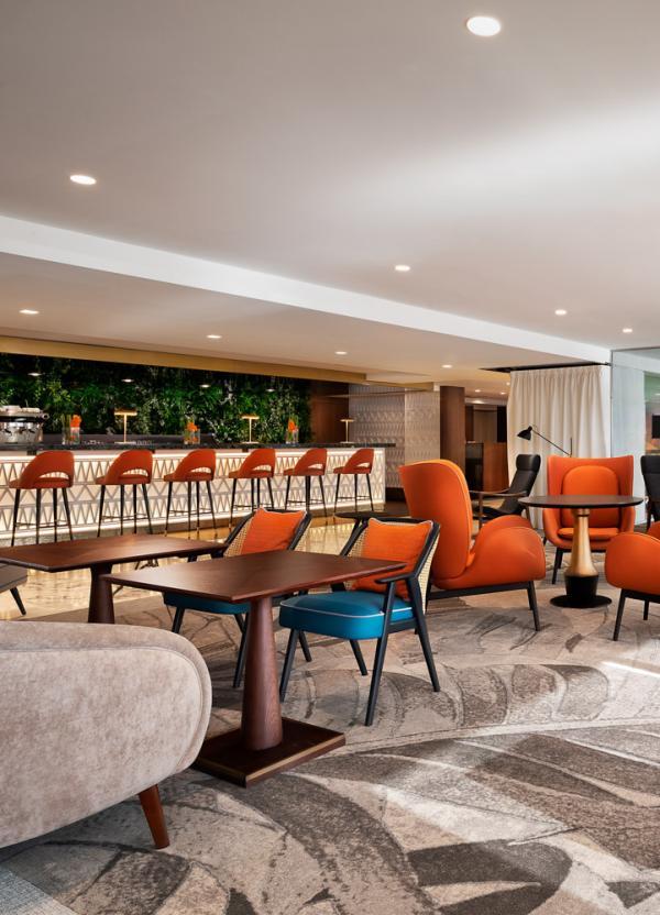 Hôtel Le Méridien Nice – Bar Latitude © DR