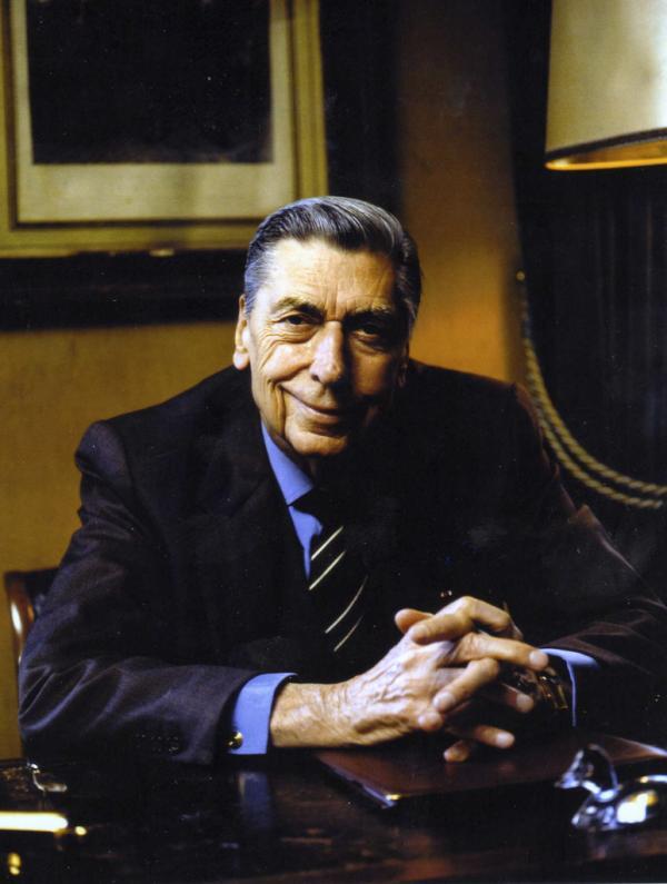Claude Terrail, le fils d'André, prit le relais en 1947. Il est considéré comme l'un des plus grands restaurateurs français de l'Histoire © La Tour d'Argent
