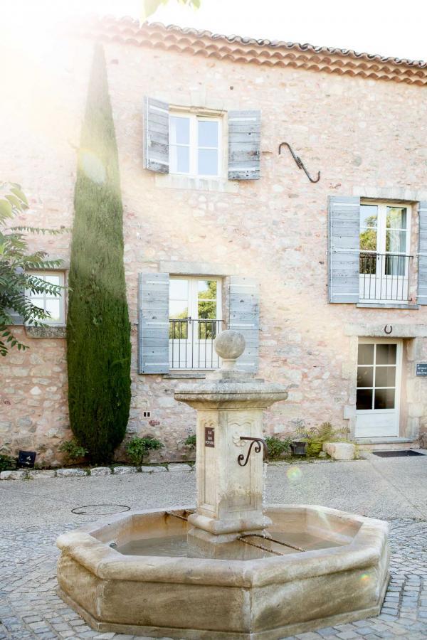 Coquillade Village occupe un ancien hameau provençal au coeur du Luberon © DR