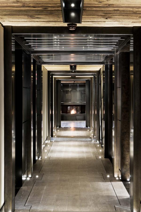 Dans les couloirs de l'hôtel © Frédéric Ducout