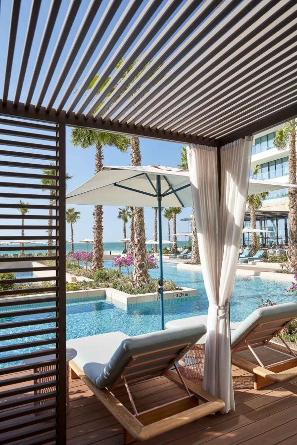 Réservez un espace privé pour une pool party en famille... © MOHG