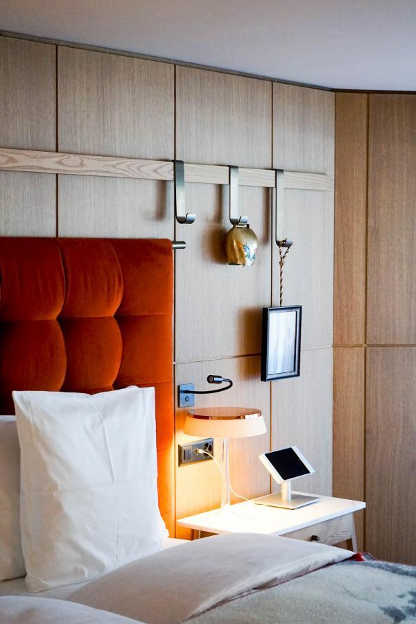Schweizerhof Zermatt - Intérieur d'une chambre © YONDER.fr