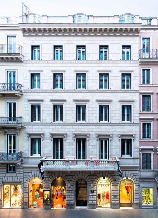 La façade de Corso 281 sur la Via del Corso © Corso 281
