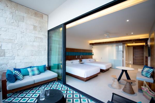 Grande terrasse et design contemporain dans les chambres du Grand Hyatt Playa del Carmen © Grand Hyatt Playa del Carmen