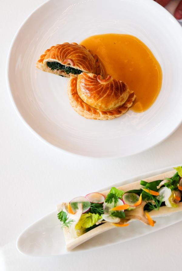 Tourte de ris de veau à la moelle, jus au xérès © YONDER.fr