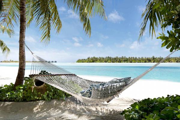 Naladhu Private Island Maldives - Hamac © DR