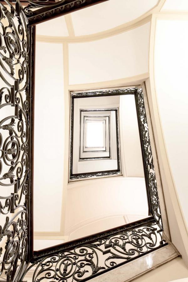 Majestic Hotel & Spa Barcelona - Escalier © DR