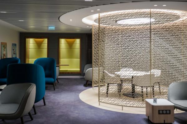 Décor léché et atmosphère sereine dans le « Petit Salon » © YONDER.fr