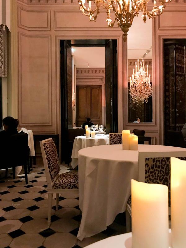 Les intérieurs du restaurant Apicius © YONDER.fr