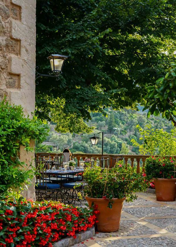 Sur l'une des terrasses de l'hôtel © YONDER.fr