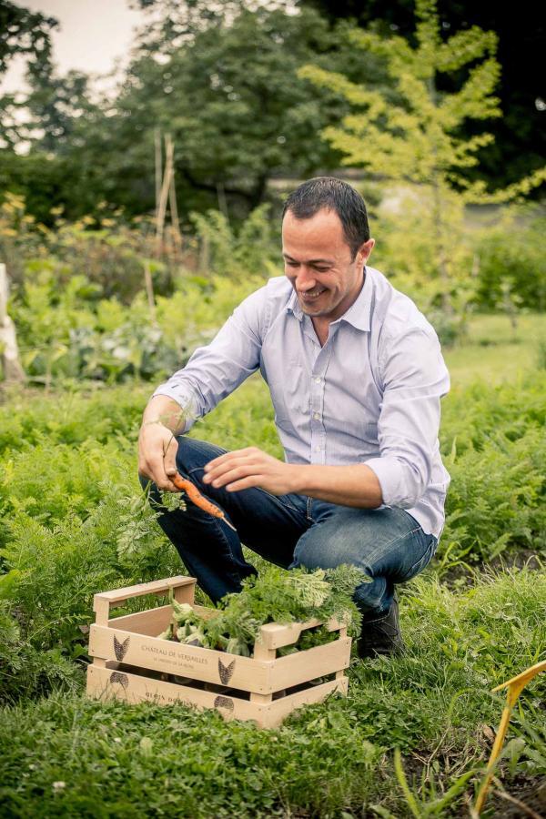 Romain Meder, le chef du restaurant Alain Ducasse au Plaza Athénée © Guillaume Czerw