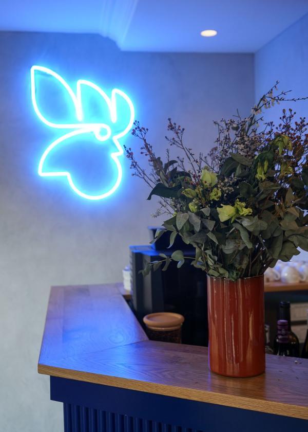 Rooster par Frédéric Duca : détails de décoration dans le restaurant © YONDER.fr