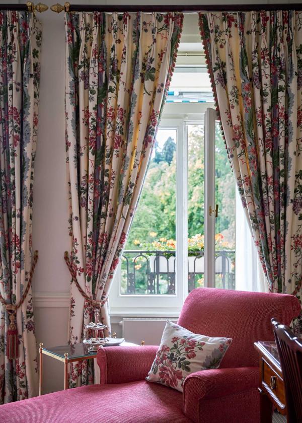 Brenners Park - Hotel & Spa - Détails de décoration dans une chambre © DR