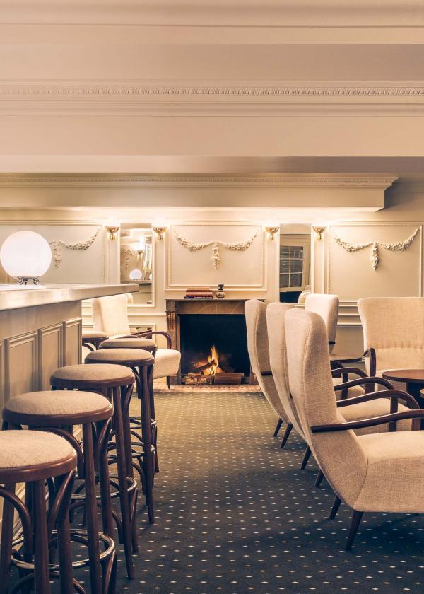 Le bar à cocktails de l'Experimental Chalet © Romaon Laprade