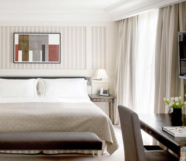 Majestic Hotel & Spa Barcelona - Chambre Deluxe avec vue sur le Passeig de Gràcia © DR