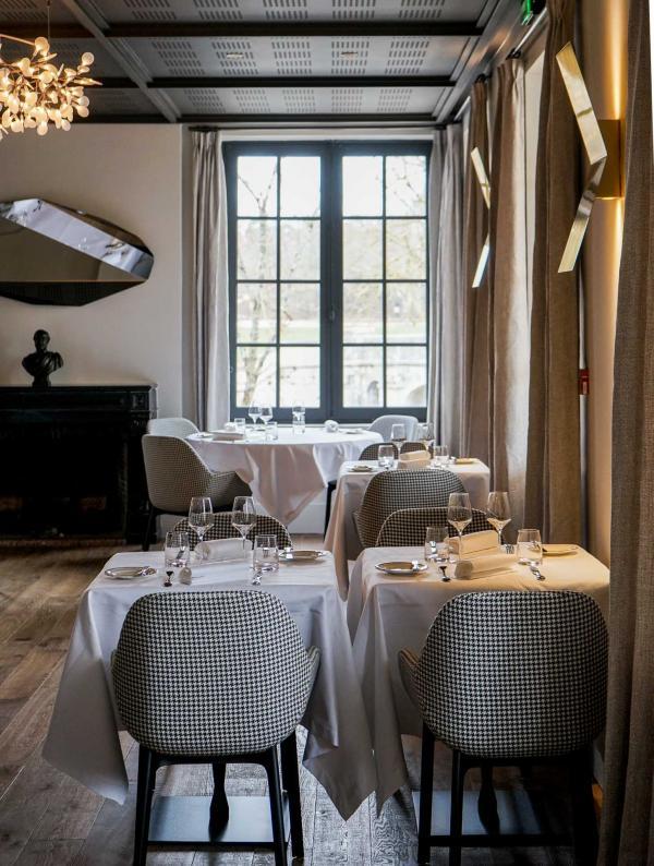 Les intérieurs du restaurant Le Grand Saint Michel sont particulièrement réussis © YONDER.fr