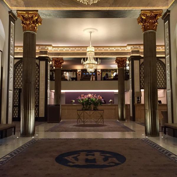 Le somptueux lobby du Grand Hôtel Stockholm © Yonder.fr