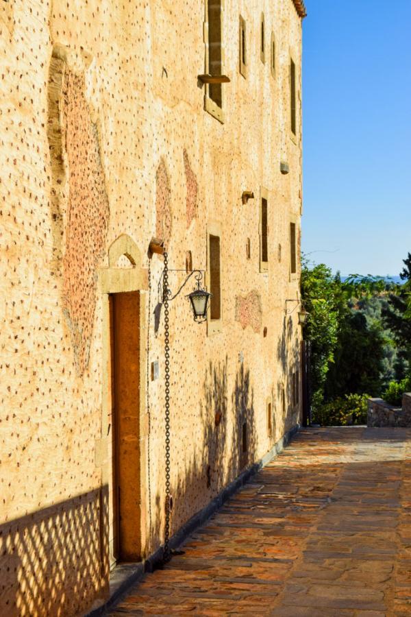 Le manoir byzantin où est installé l'hôtel remonte au XVIIIe siècle © MB | YONDER.fr