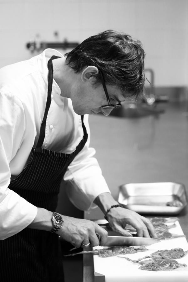 Christophe Pelé en cuisine © Le Clarence