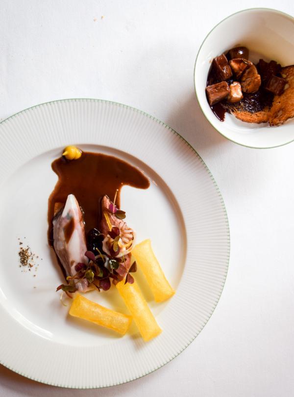 """Grouse d""""Écosse, lard de Colonnata, casseron, pommes soufflées © Yonder.fr"""