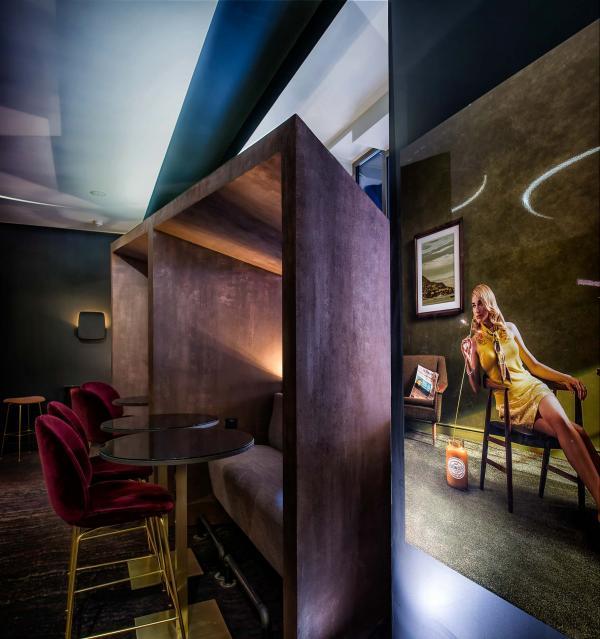 Atmosphère chic et tamisée au Limon, le nouveau bar et restaurant de l'Hôtel Marignan © Thierry Samuel