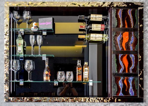 Le mini-bar XXL de la chambre 603 © YONDER.fr