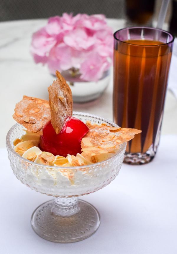 Le Goûter Glacé : Coupe Marie-Antoinette (sans gluten) © YONDER.fr