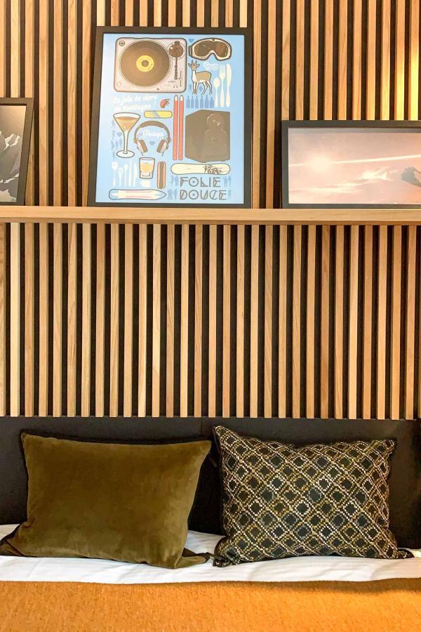 Détails de décoration dans une chambre Premium © YONDER.fr