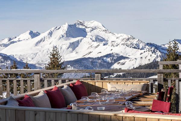 L'Epicerie dans le quartier de l'Amara, et sa terrasse avec vue imprenable sur la vallée © DR