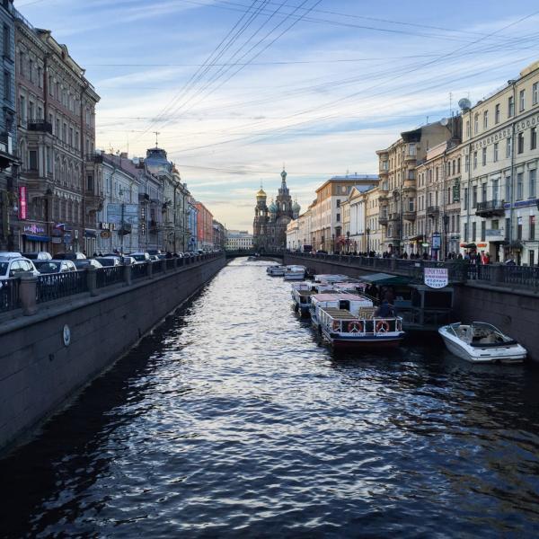 Le canal Griboïedov vu depuis la Perspective Nevski | © YONDER.fr