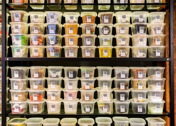 """Plus d'un millier de saveurs sont stockées dans le """"lab"""" d'Arzak © YONDER.fr"""