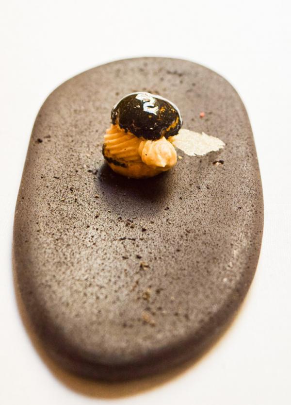 Paris-Brest miniature revisité au sésame noir © Yonder.fr