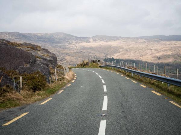 Les routes environnantes, au cœur du Kerry, nous emmènent à la découverte d'un paysage d'exception © Alix Laplanche