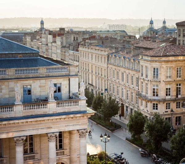 Vue sur Bordeaux depuis la Suite Royale @Alain Caboche